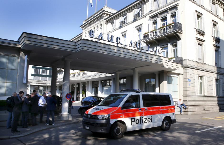 Fifa, polizia arresta oltre 10 funzionari a Zurigo