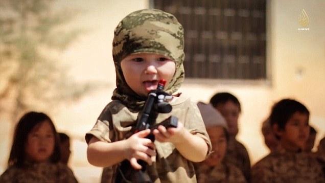 L'Isis forma un esercito di bambini