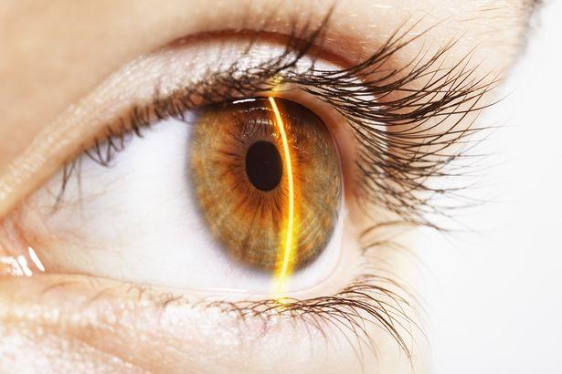 L'occhio bionico che potrebbe ridare la vista ai ciechi