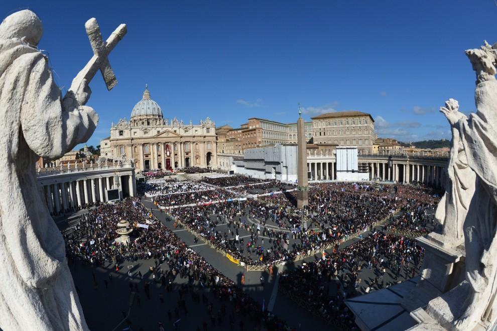 Papa Francesco accoglie accordo sul clima