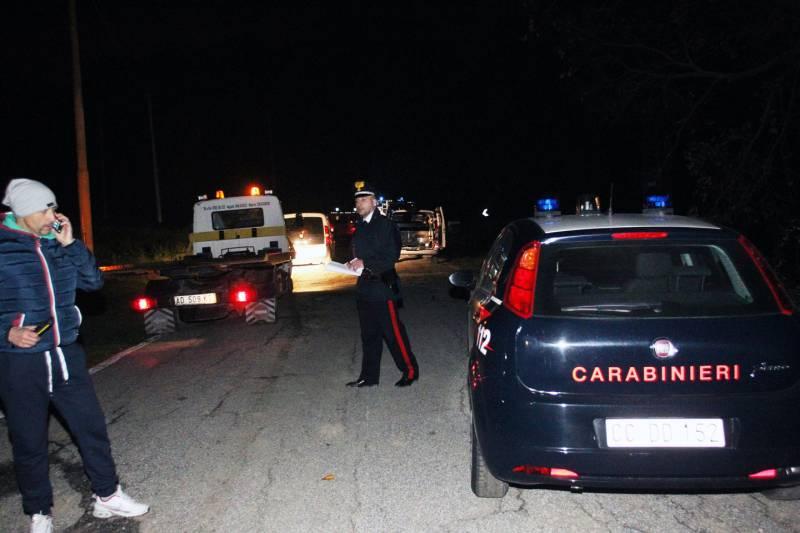 Carabinieri trovano corpo semicarbonizzato, sembra un suicidio