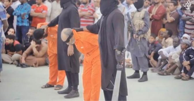 Isis decapita 2 uomini accusati di stregoneria