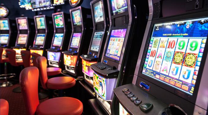 Mafia gestisce videolottery e giochi online