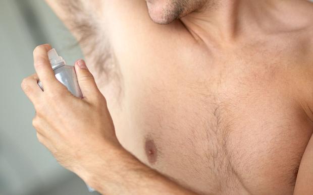 Muore per abuso di deodorante spray