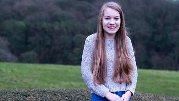 16enne soffre di una grave malattia: ad ogni forte emozione sviene