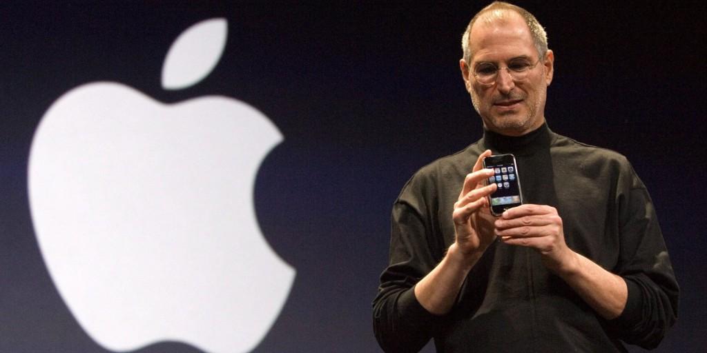 """Apple, ecco cosa significa la """"i"""""""