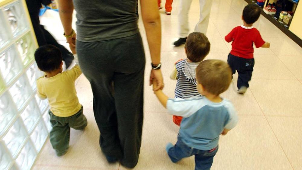 Asilo abolisce la festa del papà