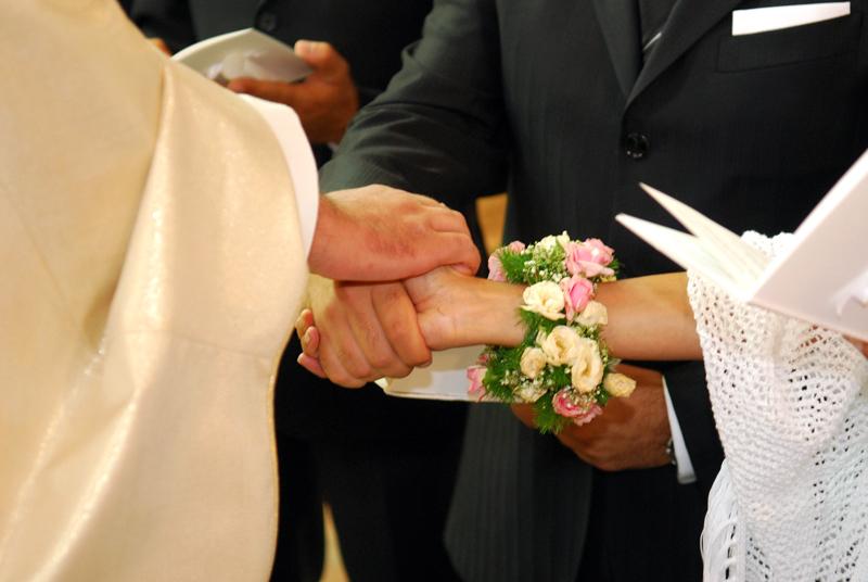 Matrimonio Procura : Maxi truffa a pordenone finto sposo fugge con mila euro