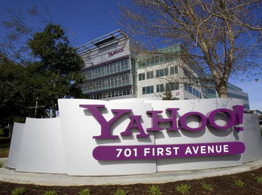 Yahoo! in vendita