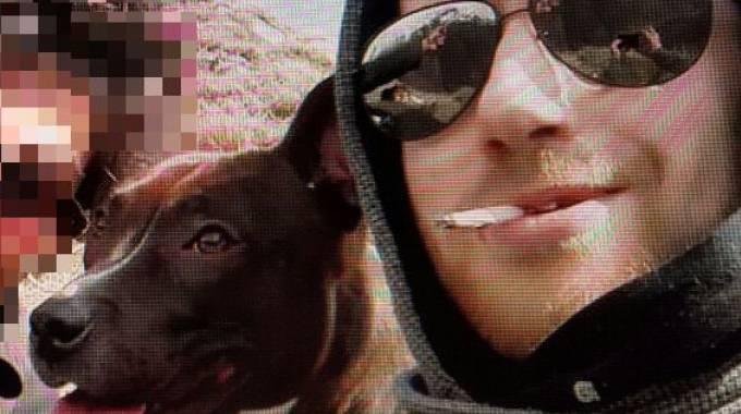Matteo Mari con il cane