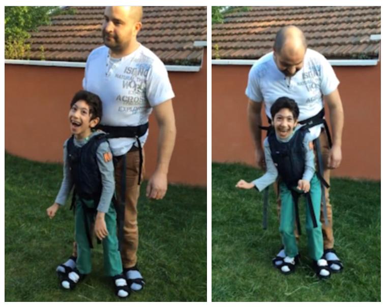 Lega a sé il figlio per farlo giocare a calcio, ecco il video