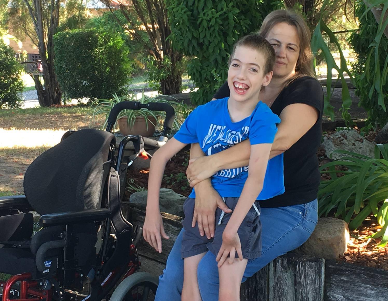 """Cassiere offende un ragazzo disabile: """"Sarebbe meglio se fosse morto"""""""