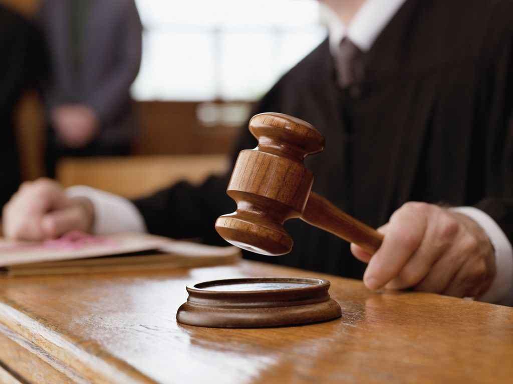 Le 10 cause più assurde del tribunale