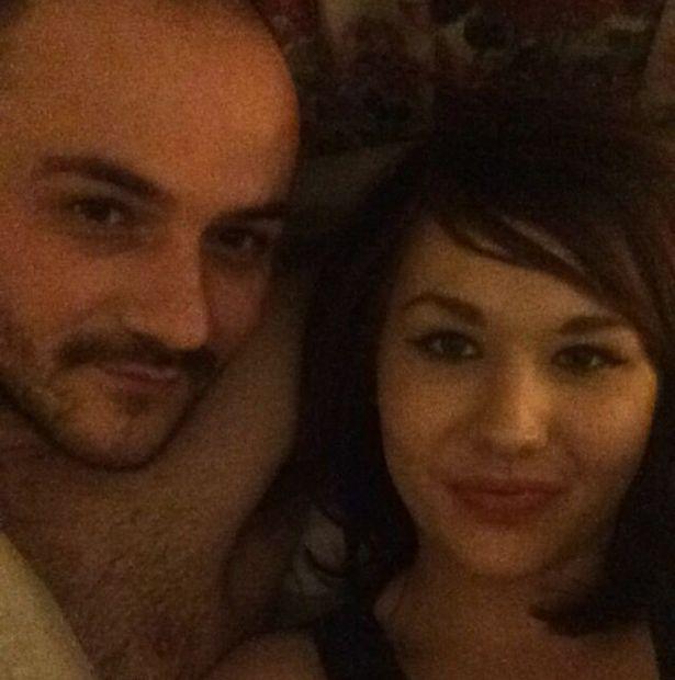 Il mio ragazzo mi ha picchiata e ha fatto sesso con mia - A letto con mia madre ...