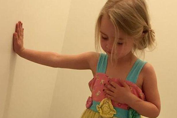 La foto scattata alla figlia di Stacey