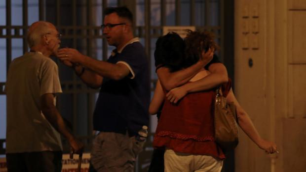 Nizza, parlando i testimoni dell'attentato