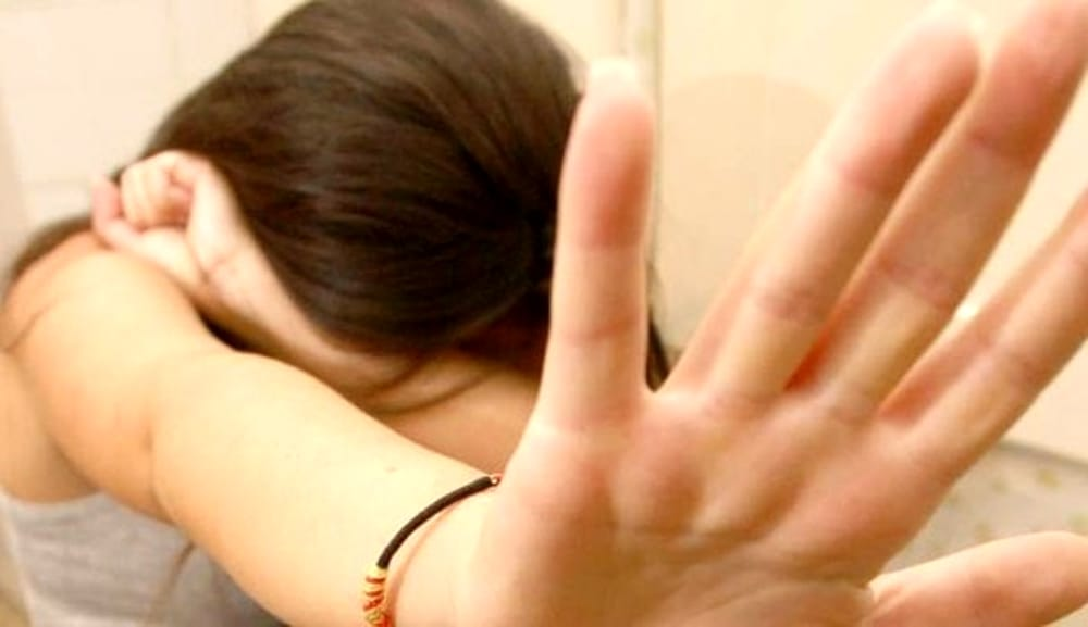 Violenta la figlia per anni: padre condannato a 1.503 anni di carcere