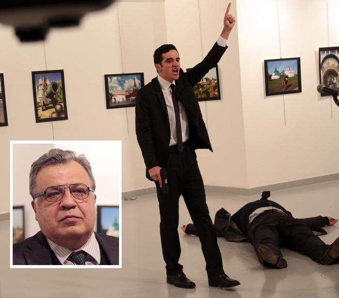Ambasciatore russo ucciso ad Ankara, per alcuni si tratta di un fake