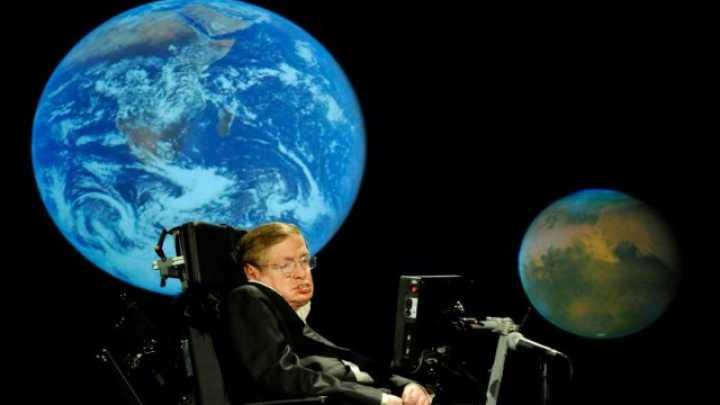 """""""L'umanità rischia l'estizione"""", ecco la teoria di Stephen Hawking"""