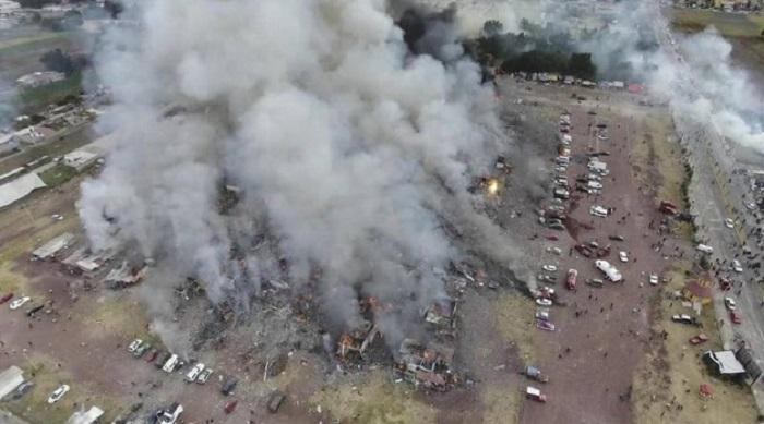 Messico, esplosione distrugge mercato fuochi d'artificio