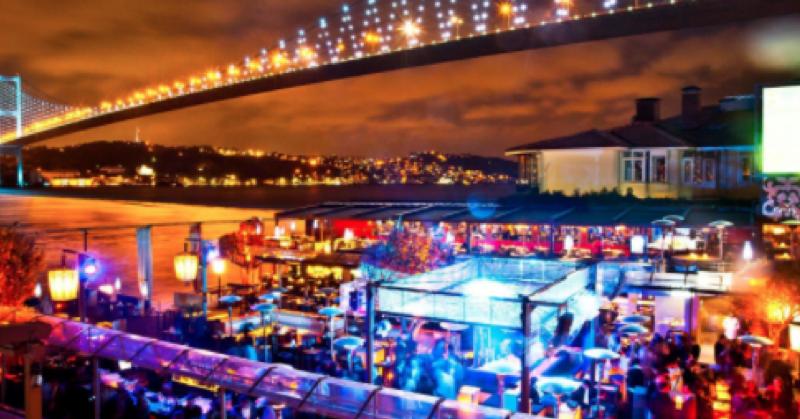 Istanbul, attentato terroristico: 39 morti