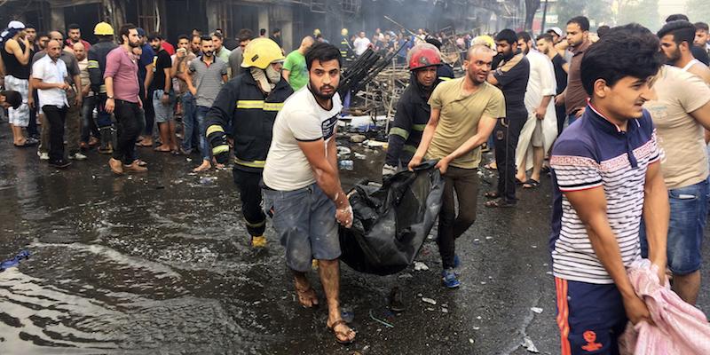 Baghdad, esplosione autobomba: 39 vittime