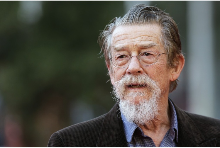 "Addio John Hurt, attore di ""The Elephant Man"" e ""Harry Potter"""