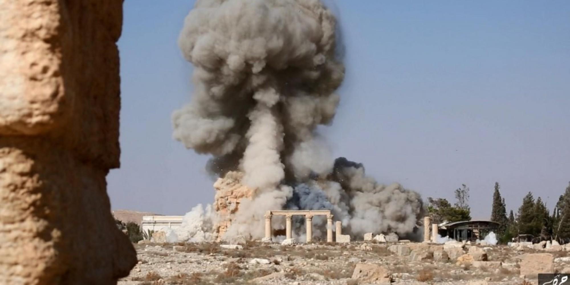Siria, antico teatro romano distrutto dall'ISIS