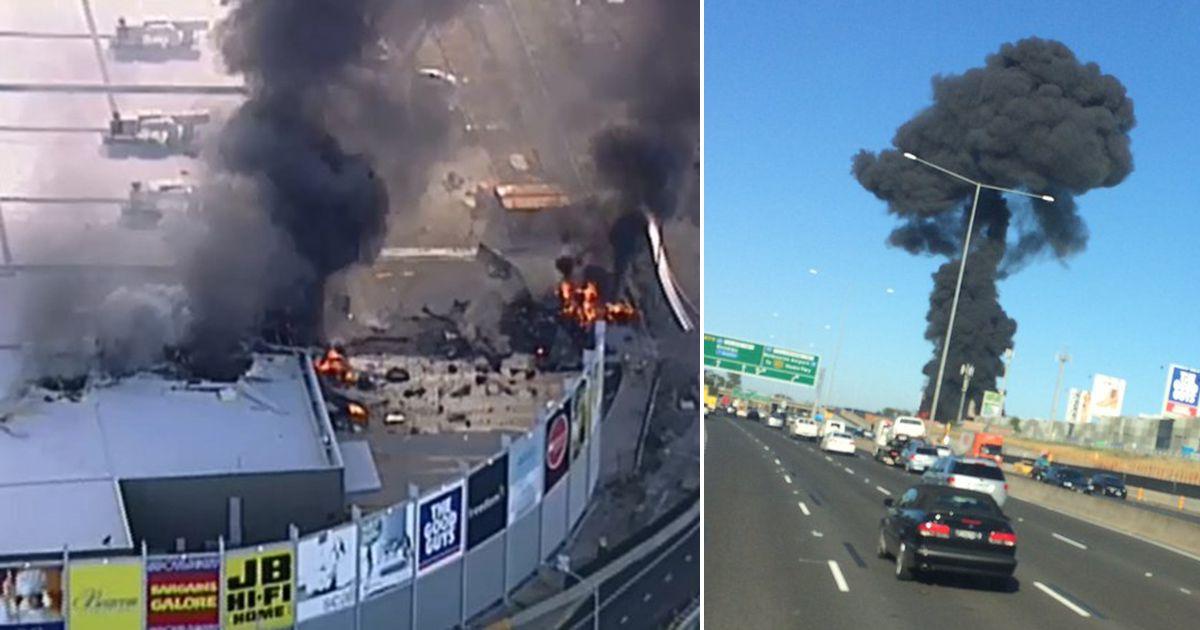 Aereo si schianta su centro commerciale a Melbourne: 5 vittime