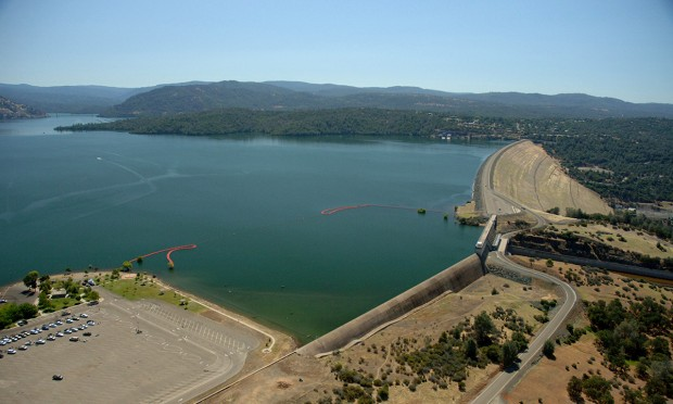 Pericolo crollo alla diga di Oroville: evacuate 188 mila persone