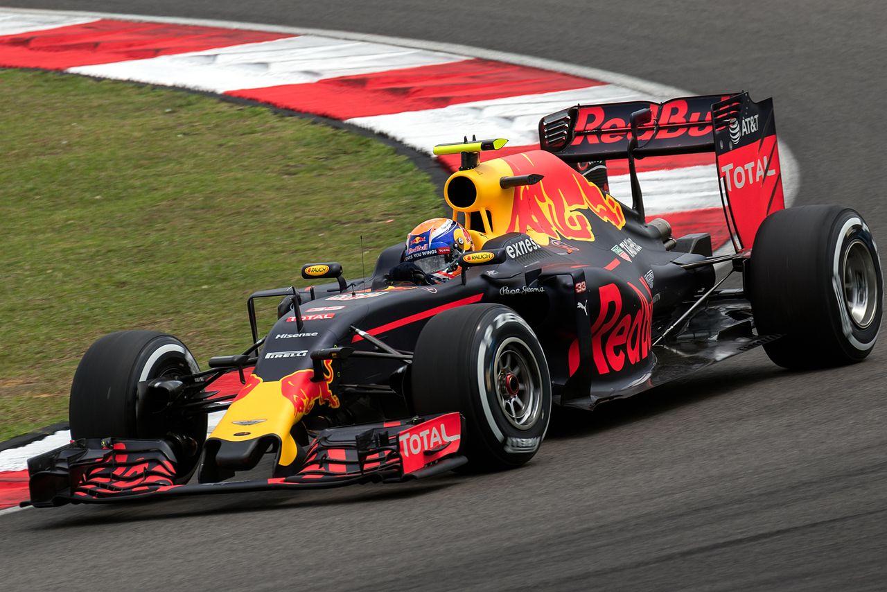 Verstappen in Red Bull fino al 2020