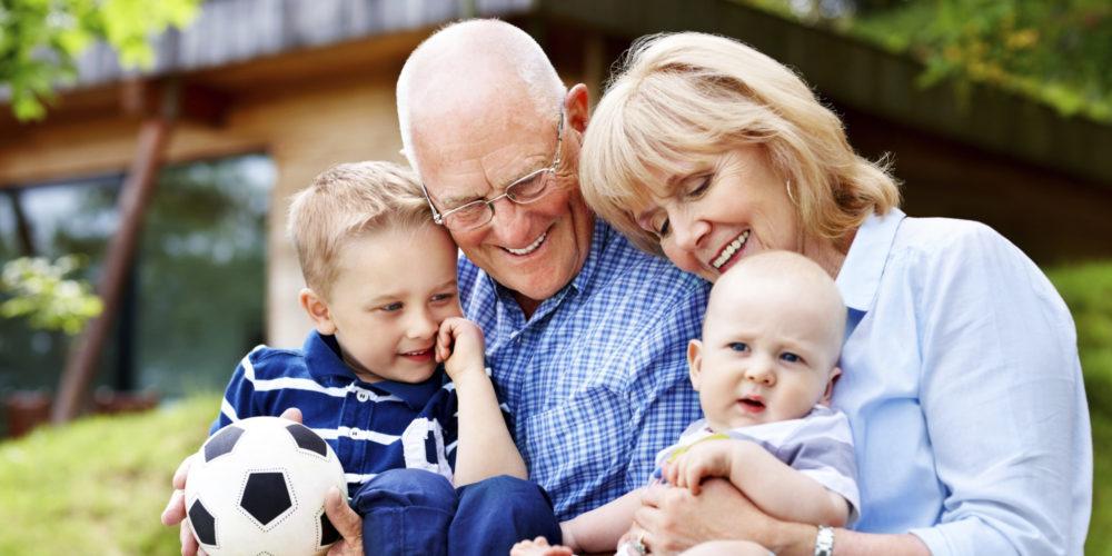 Nonni troppo permissivi coi nipoti