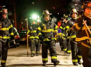 Vigili del fuoco a New York durante l'incendio
