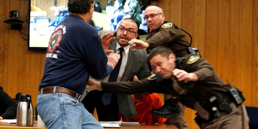 Il papà di una delle vittime attacca Larry Nassar
