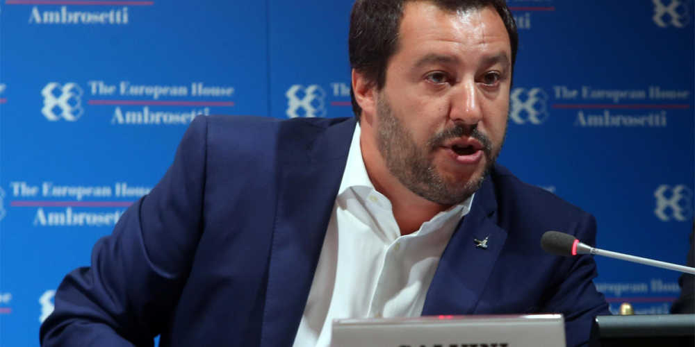 Matteo Salvini risponde alle accuse di Macron