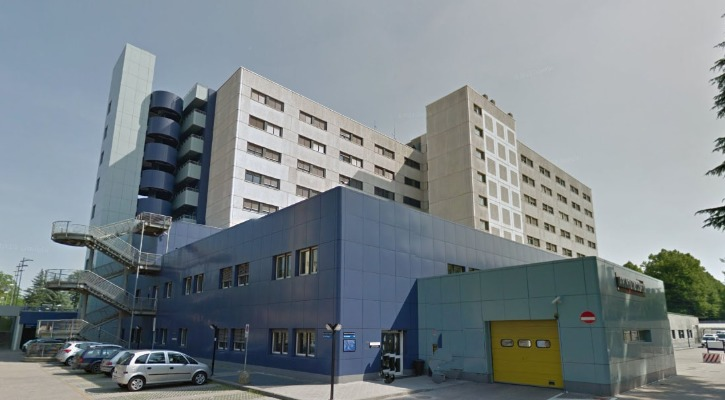 Ospedale Morgagni-Pierantoni, uomo si suicida