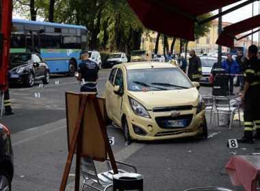 Brescia, donna travolta da un'auto