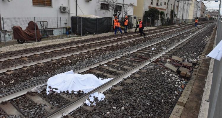 Milano, Gaggiano-Trezzano, uomo muore sui binari