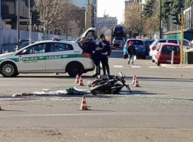 Milano, motociclista arresto cardiaco