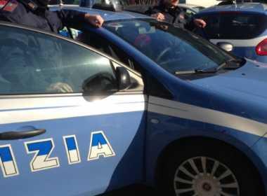 Milano, picchia l'ex moglie