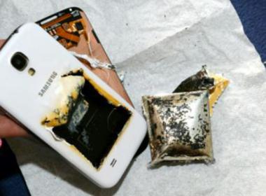 Perugia, telefono esplode sul letto
