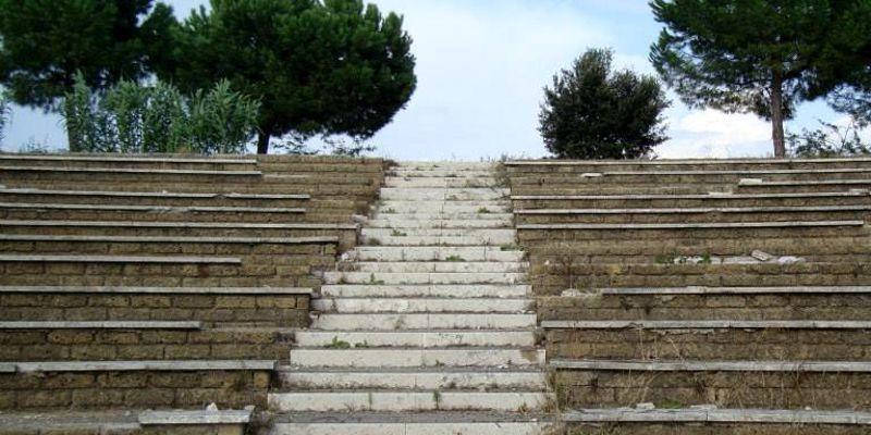 Roma, Parco Tor Tre Teste, uomo impiccato