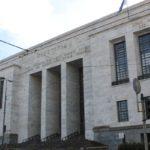 Tribunale di Milano, minaccia il suicidio
