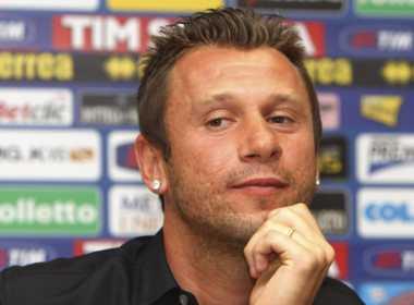 Antonio Cassano ha annunciato il ritiro dal calcio.