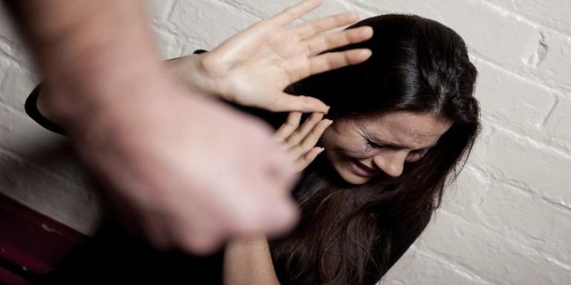 Portici, 33enne picchia la compagna e viene arrestato