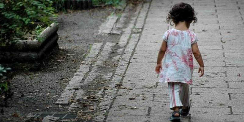 Primavalle, lascia sola la bimba di 6 anni nella notte, arrestato