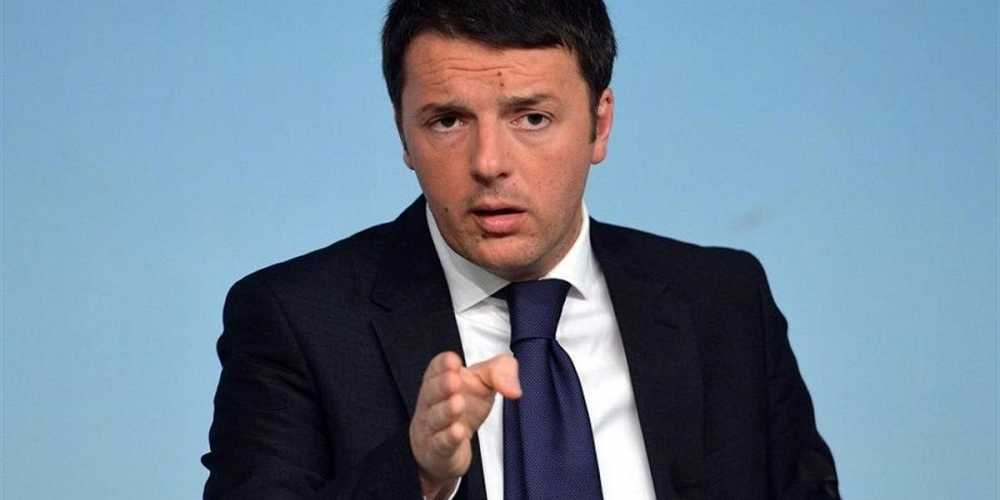 Matteo Renzi contro Rocco Casalino.