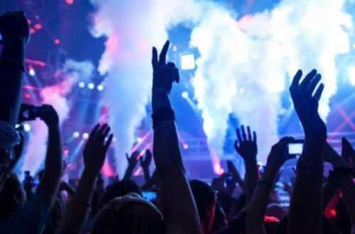 Ancona, spray urticante in discoteca, 6 morti