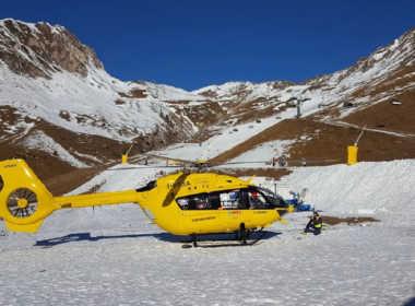 Brescia, alpinisti precipitano nel vuoto, uno muore