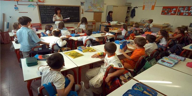 Scuola: proposta di legge per abolire classi pollaio.